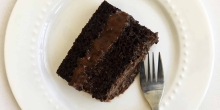 Perfect Chocolate Cake - a 'healthier' version (dairy free, refined sugar free)